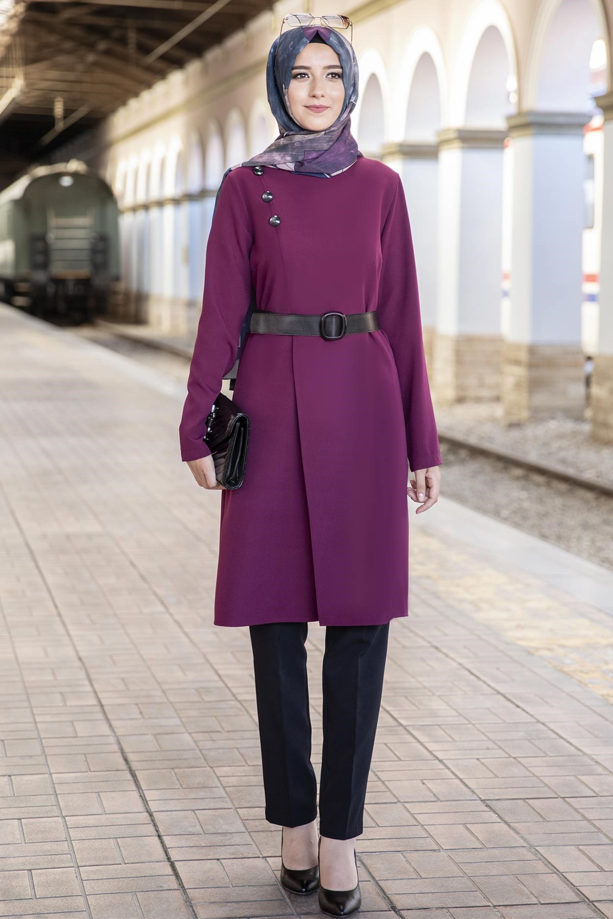 Double Set With Belt and Button Detail Plum ANR07